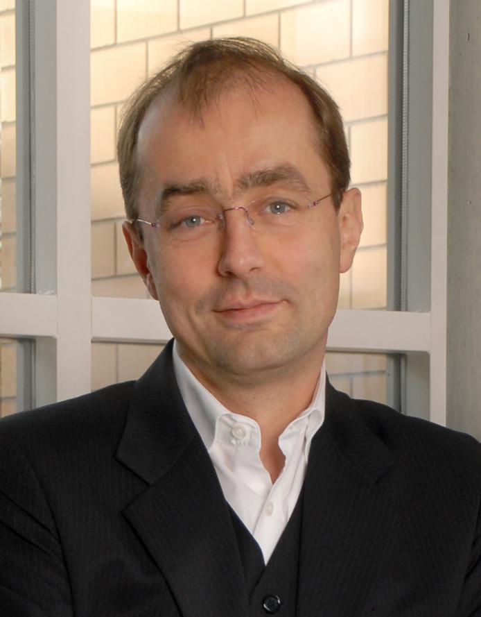 Prof dr karl schmedders